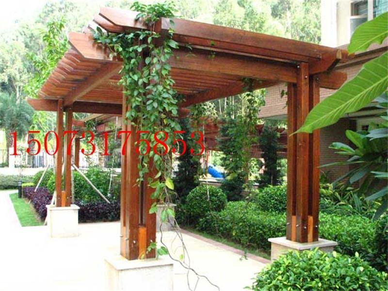 湖南长沙沪湘木业有限公司(简称沪湘木业)成立于2004年,位于湖南省长沙市。是一家坚持走以质量求生存,以诚信求发展,以节约木材与保护环境为己任的路线,经历数年,已发展成为专业生产销售防腐木、加工、制作、安装景观工程一条龙服务的专业有限公司。 我公司的经营项目是:制作安装各式各样亭子、花架、木护栏、木地板、木屋、木制垃圾桶、花盆、木秋千、小狗屋与私人阳台.